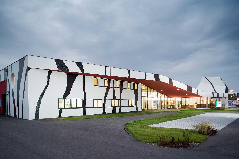 Proyecto-hisbalit-Fachada Fliesen Leeb, Austria-