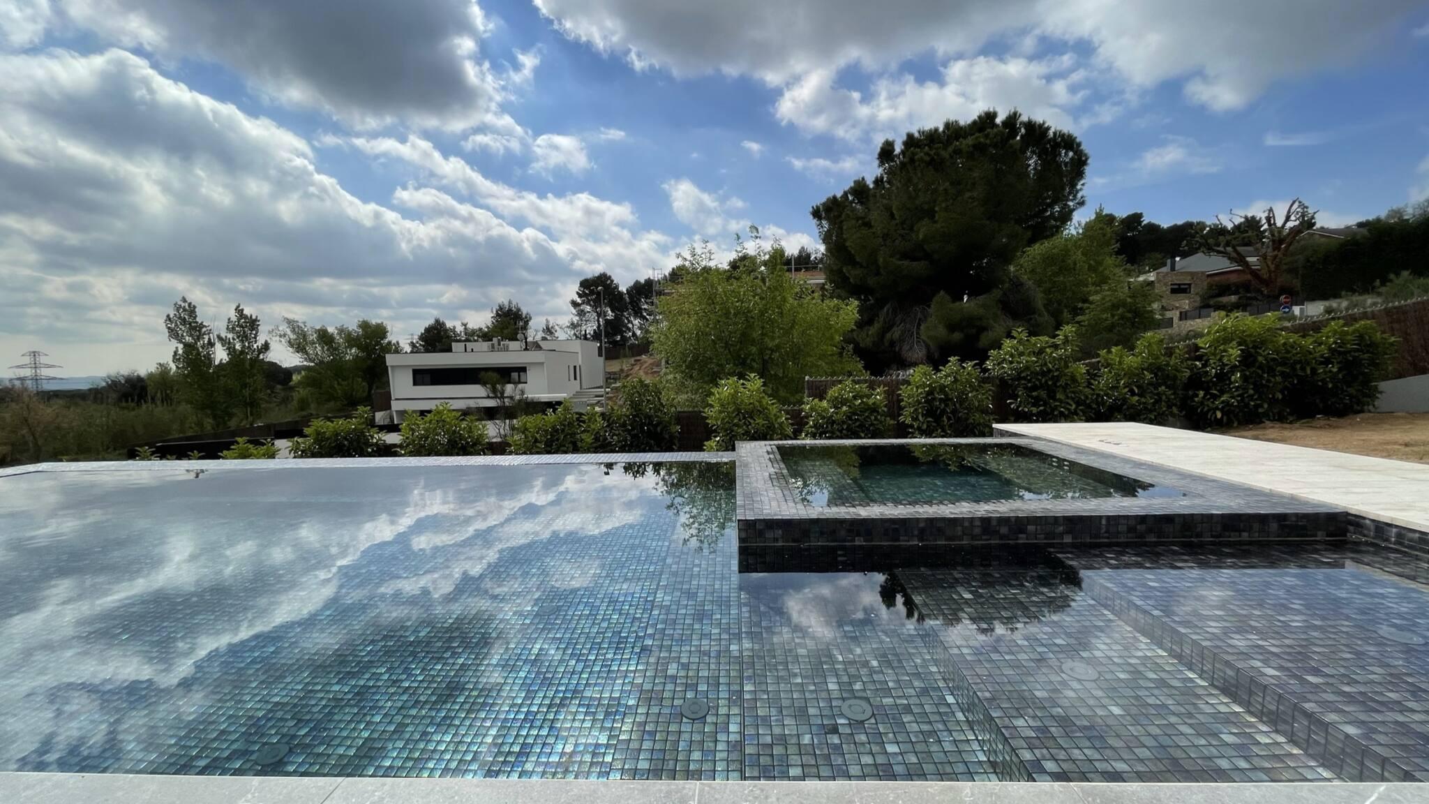 Proyecto-hisbalit-Piscina privada Milo | Vazquez i Benages-