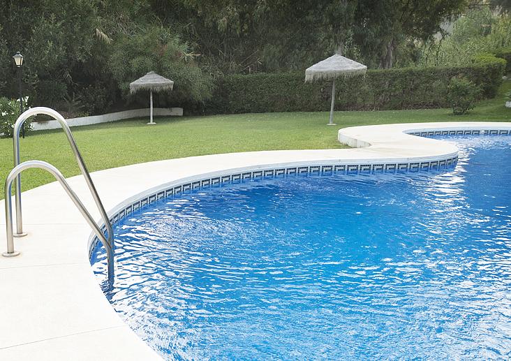 Cenefas hisbalit for Cenefas para piscinas